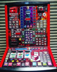 East & West Wing - Deal or no Deal - Latest £100 Jackpot Pub Fruit Machine - Note Acceptor